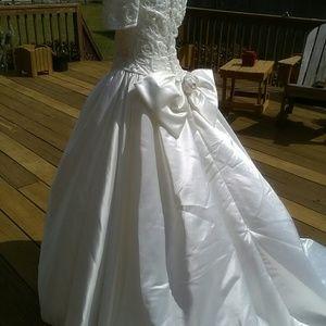 Demetrios Cream Color Wedding Dress | Poshmark